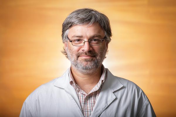 Dr. Pablo Besser